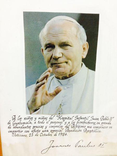 Juan Pablo II mensaje a las niños y niñas del Hospital Materno Infantil Juan Pablo II